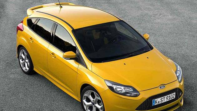 ford focus 2000 rok hatchback