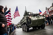 Průjezd americké armády Náchodem.