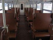 Stávající interiér vozu Bdmtee.