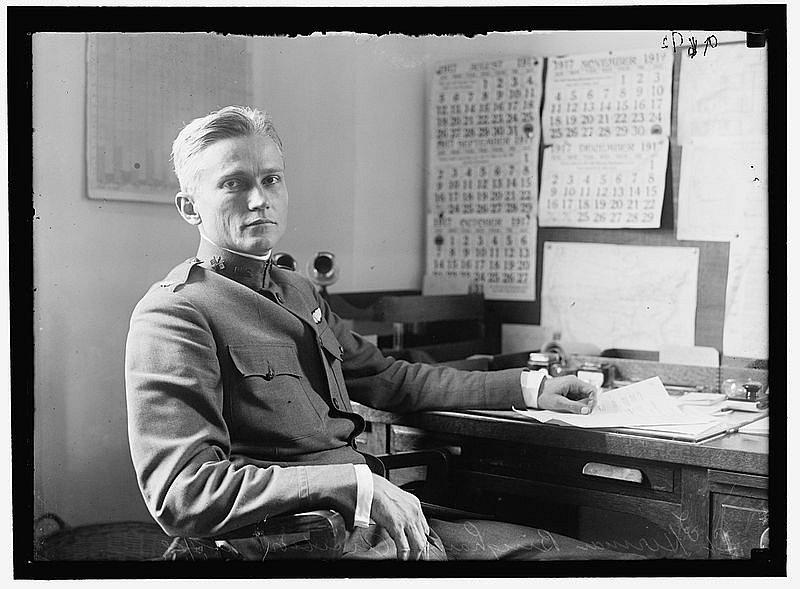 Objevitel Machu Picchu Hiram Bingham v roce 1917, v době, kdy sloužil v americké armádě u letectva.