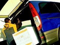 Mnoho SIM karet je zabudováno například i ve firemních autech.