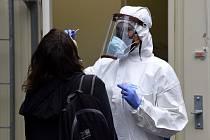 V kolínské nemocnici je od 11. července 2020 opět zaveden sobotní provoz odběrového místa na testování nákazy covidem-19. Jde o reakci na rostoucí počet nakažených na Kutnohorsku