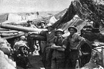 Dělostřelci československých jednotek v Tobruku, 1941