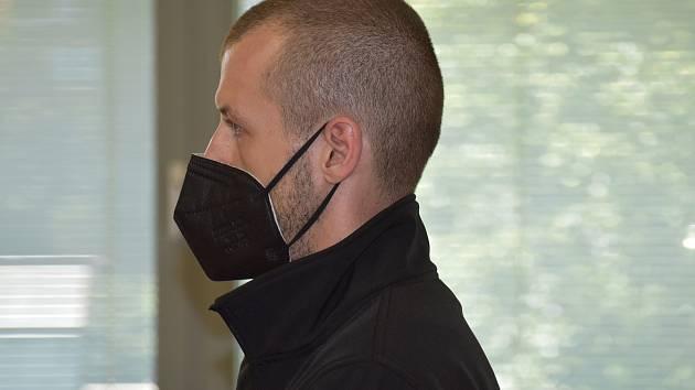 Daniel Král u ústeckého krajského soudu v pondělí 26. července