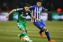Hertha může slavit: v důležitém utkání porazila Schalke 2:0