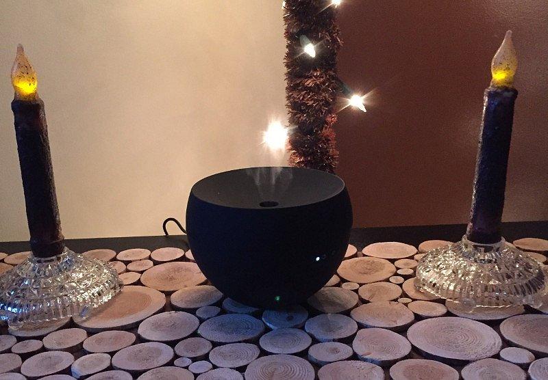 Ultrazvukový aroma difuzér Stadler Form Jasmine pro místnosti do 50m2, orientační cena 1 490 Kč