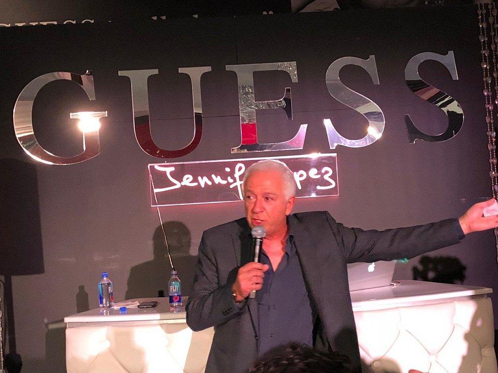 Spoluzakladatel společnosti Guess Paul Marciano
