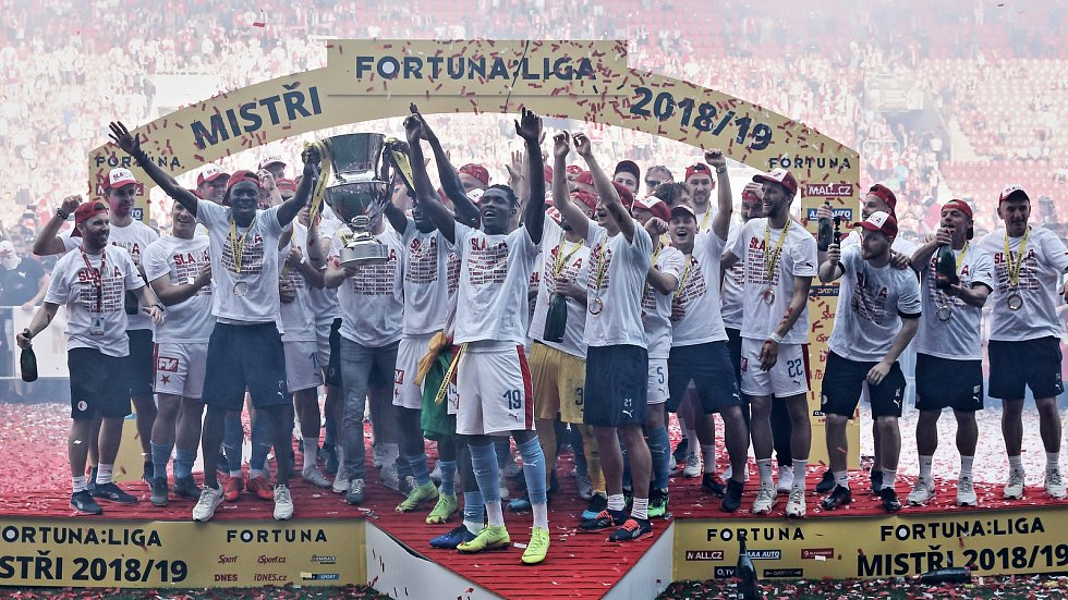 Zápas fotbalové Fortuna ligy mezi SK Slavia Praha a AC Sparta Praha v Edenu.