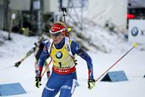 Gabriela Soukalová při stíhačce v Östersundu. Žlutý dres jí štěstí nepřinesl, skončila až pátá