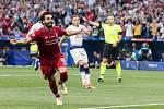 Liverpoolský Mohamed Salah se raduje z gólu ve finále Ligy mistrů.
