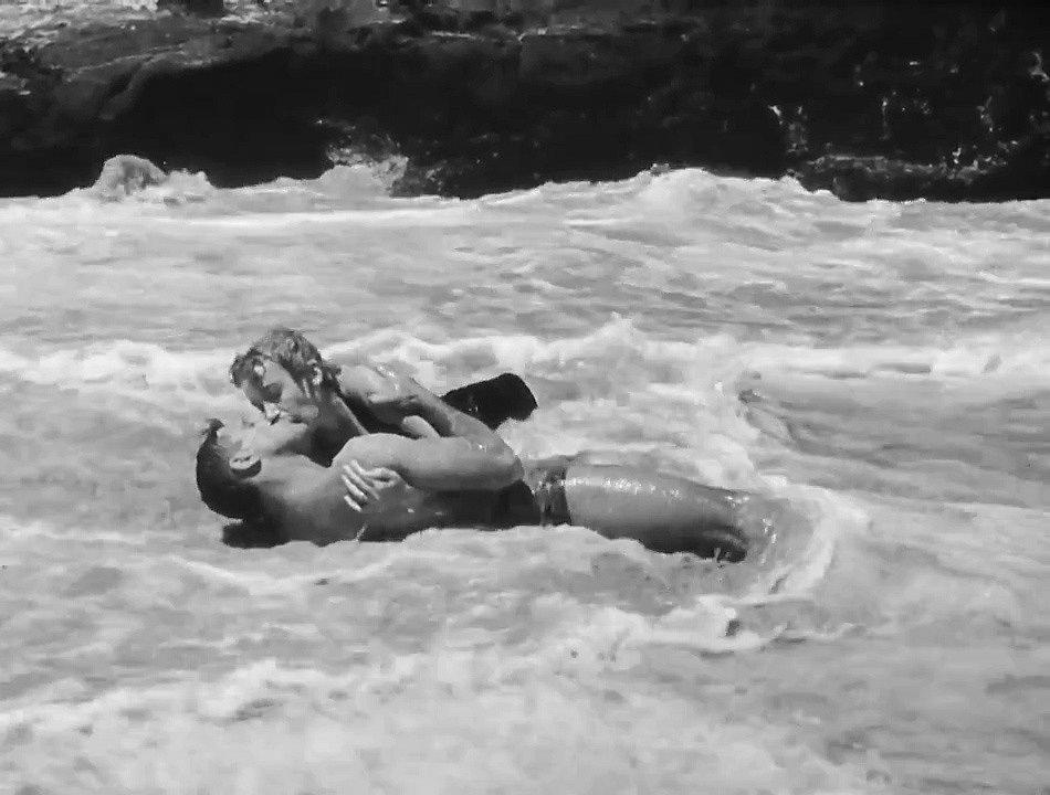 Burt Lancaster a Deborah Kerrová ve filmu Odtud až na věčnost