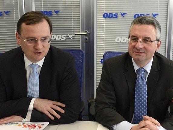 Zasedání výkonné rady ODS se 25. března v Praze zúčastnili (zleva) předseda ODS Petr Nečas a předseda poslaneckého klubu Evropského parlamentu Jan Zahradil.