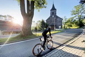 Nejdelší ultracyklistický závod v Evropě: Race around Czechia & Slovakia (RACAS). Daniel Polman z Nové Paky.