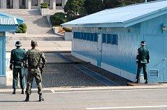 Generálové z Jižní Koreje i KLDR se sešli v Pchanmundžomu, vesnici v demilitarizované oblasti.