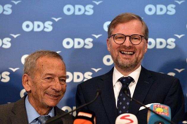 Radost z výsledků druhého kola senátních voleb ve štábu ODS