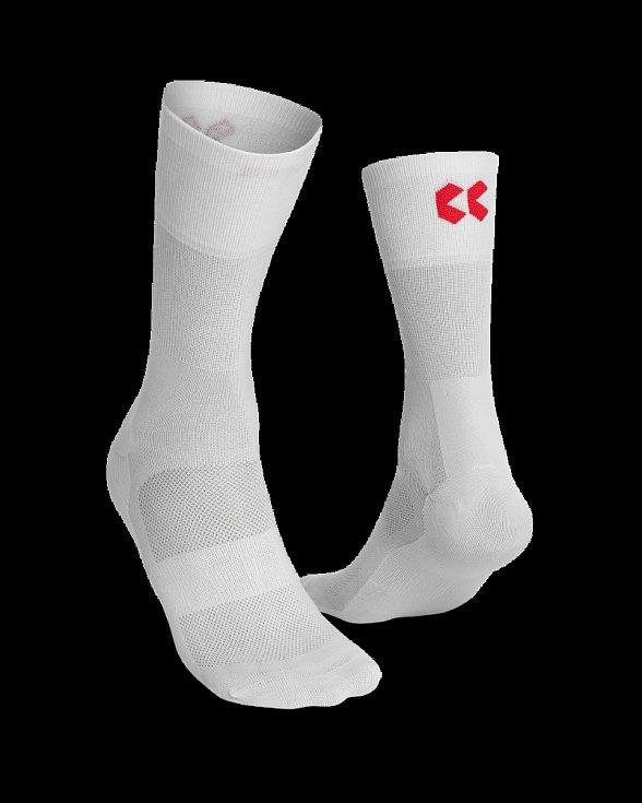 ponožky vysoké – Kalas, 290 Kč.