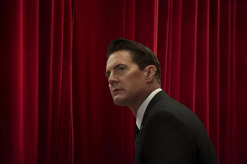 Kylea MacLachlan jako agent FBI Dale Coopera v Twin Peaks