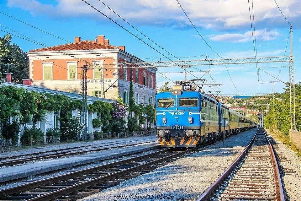 Vlak RegioJetu v Chorvatsku.
