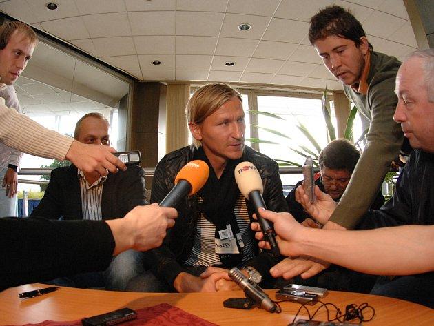 Marek Heinz po podpisu smlouvy s Brnem v pražském hotelu Pyramida.