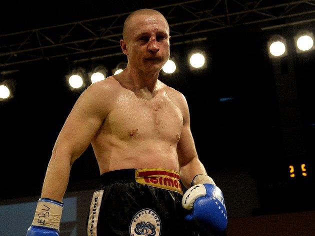 Český profesionální boxer Lukáš Konečný.