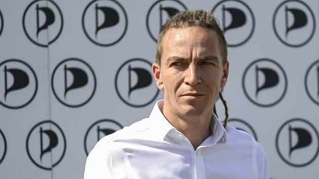 Předseda Pirátů Ivan Bartoš vystoupil 3. září 2020 v Praze při zahájení volební kampaně strany do krajských a senátních voleb