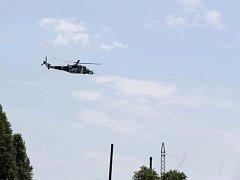 Ukrajinská armáda na útok proruských povstalců odpověděla nasazením stíhacích a bombardovacích letounů a bojových vrtulníků.
