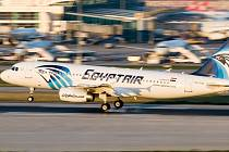 Airbus A320 egyptských aerolinek EgyptAir, který Mustafa unesl.