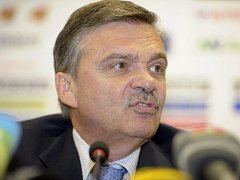 René Fasel, šéf IIHF