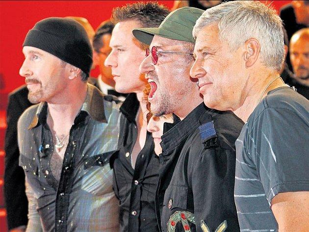 KONEC ČEKÁNÍ. Nové album irské skupiny U2 by se mělo objevit na trhu nejpozději začátkem listopadu.