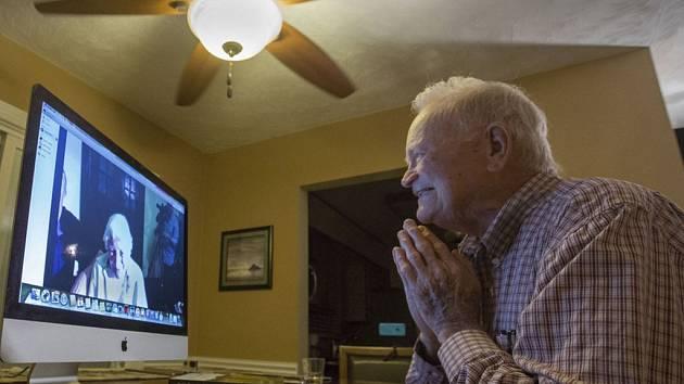 Válečný veterán Thomas Norwood svou vysněnou ženu objevil díky internetu.