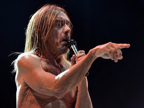 Iggy Pop vystoupil 25. června v Praze na festivalu Metronome.