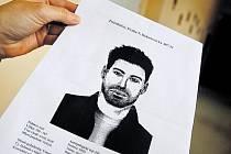 O tom, jak těžké je dopadnout podezřelého z pedofilie, svědčí případ neznámého muže, který od loňského roku na Proseku zneužil několik dětí. I když zná policie jeho podobu, zatknout se ho nepodařilo.