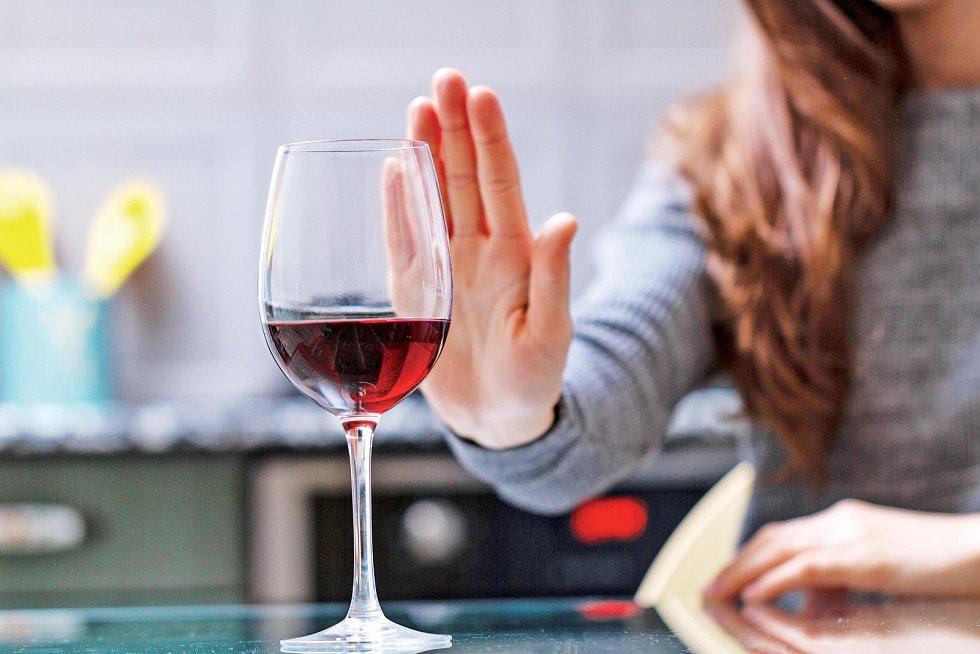 Ohledně pití u žen (respektive poměru mezi rizikovým pitím u mužů a žen) mluví statistiky takto: v polovině 80. let minulého století to byla jedna žena na dvanáct mužů. Nyní se uvádí poměr 1:2,5 až 1:2.