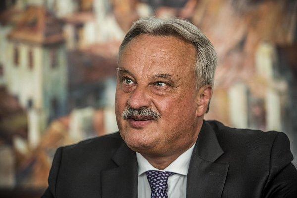 Jiří Nováček, 1.náměstek ministra vnitra pro vnitřní bezpečnost, poskytl 13.srpna vPraze rozhovor Deníku.