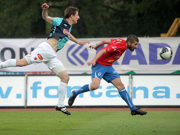 Slavia v Plzni vydřela bod za remízu 2:2.