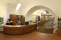 Od 2. června 2014 má žatecké turistické informační centrum prodlouženou otevírací dobu, pondělí až pátek od 8 do 17 hodin, sobota od 9 do 13 hodin.