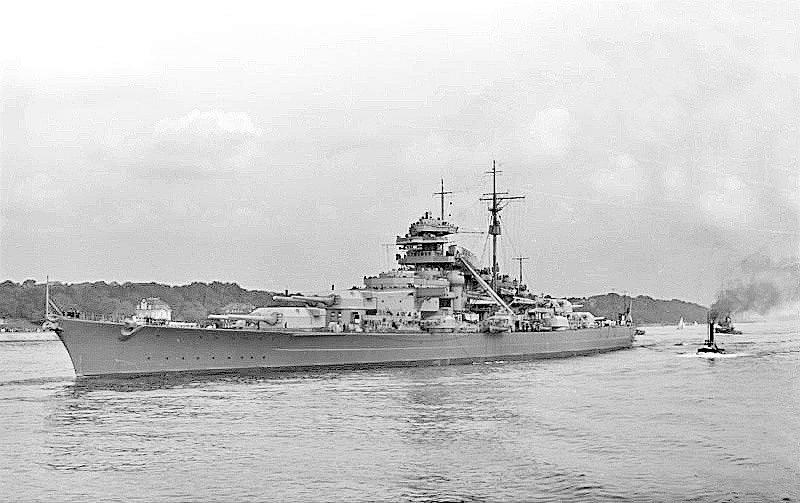 Bitevní loď Bismarck byla pýchou nacistického německého námořnictva. Ke dnu nakonec šla už při svém prvním nasazení.