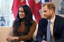 Britský princ Harry s manželkou Meghan na snímku ze 7. ledna 2020