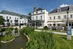 Zámecký hotel Clarion Chateau Belmont ve francouzském městě Tours, kde jsou ubytováni během mistrovství Evropy.