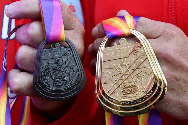 Dvě medaile za první místo vatletice