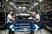 Výroba vozů Škoda v závodě Kvasiny, ilustrační foto.