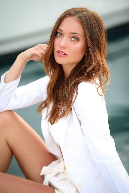 Česká Miss Lea Štefličková