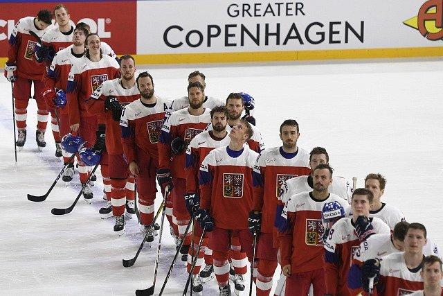 Česko porazilo Švýcarsko 5:4 po nájezdech.