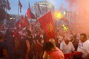 Tisíce lidí protestovaly na začátku června v makedonské Skopji proti změně názvu své země