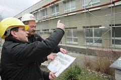 Zateplovani budovy. Ilustrační foto