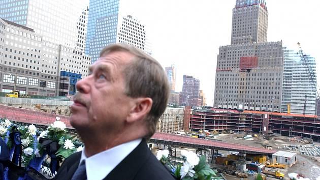 Václav Havel v New Yorku těsně po teroristických útocích na Světové obchodní centrum