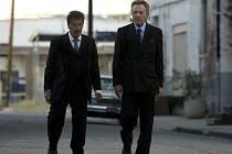 STAŘÍ CHLAPI. Val a Doc, dvojice gangsterů sešlých časem, má díky svým protagonistům odzbrojující šmrnc (Al Pacino a Christopher Walken).