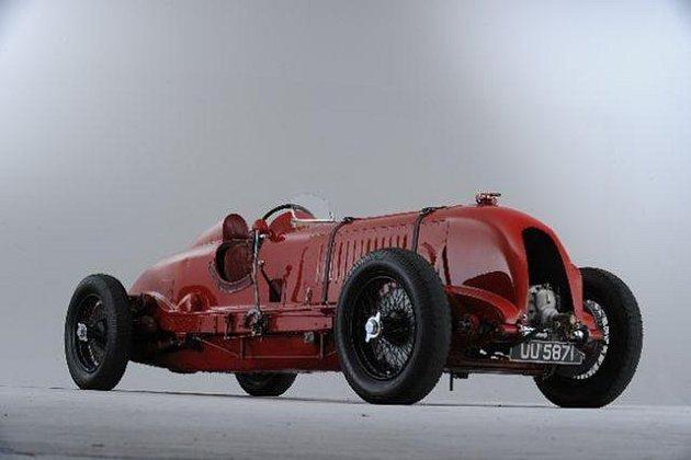 Legendární Bentley z první třetiny minulého století.