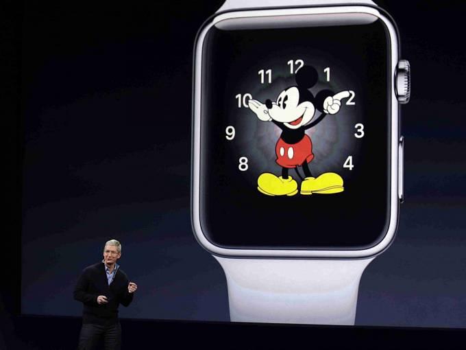 Představení nových Apple Watch.