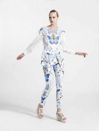 Originální oděv značky Alter Era pracující smotivem motýlů a brouků pro léto 2016nazvaný Insecta.